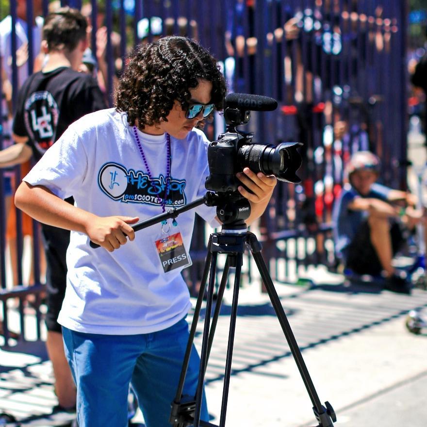 Aaron_filming_2