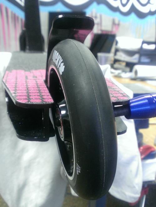 Lucky peg install wheel