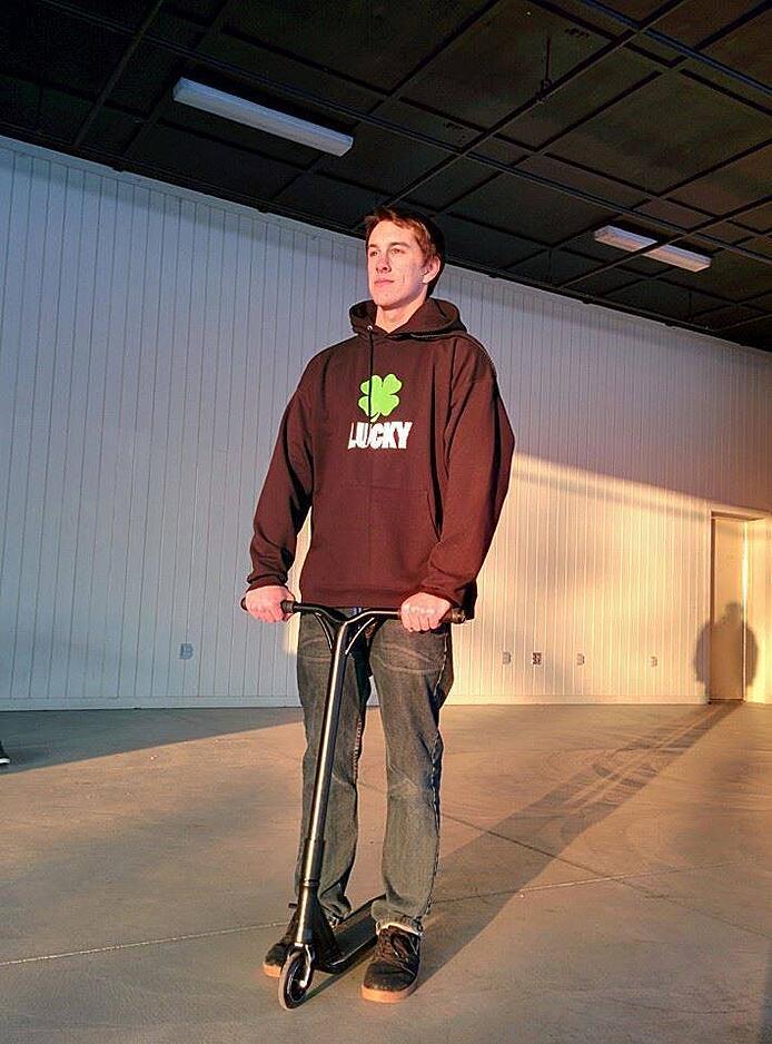 Lucky Scooters- Ben Dehaan